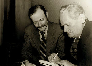 Boris Chichibabin - Chichibabin autographs his book for Grigory Hansburg in the National Union of Composers of Ukraine, 4 March 1992