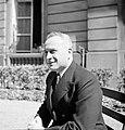 Portret van diplomaat Štefan Osuský, Bestanddeelnr 255-8775.jpg