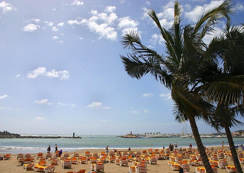 File:Puerto rico playa gran canaria.jpg