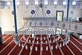 Ravensburg Mevlana-Moschee Gebetsraum Leuchter 03.jpg