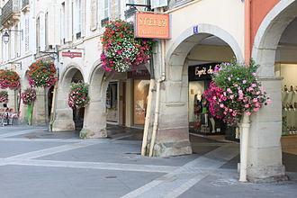 Remiremont - rue Charles de Gaulle