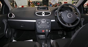 Renault Lutecia Night & Day interior.jpg