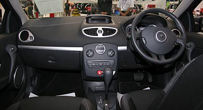 http://upload.wikimedia.org/wikipedia/commons/thumb/6/6d/Renault_Lutecia_Night_%26_Day_interior.jpg/400px-Renault_Lutecia_Night_%26_Day_interior.jpg