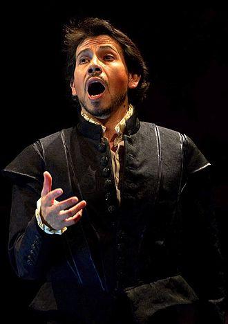 Ricardo Bernal - Ricardo Bernal as Leicester in Maria Stuarda, San Carlo de Nápoles (2010)