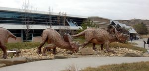 Royal tyrrell entrance.JPG