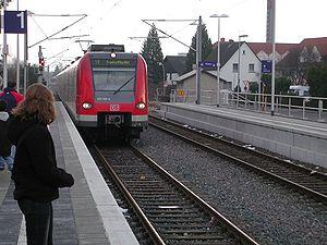 Rodgau Railway - S1 at Jügesheim station in 2003