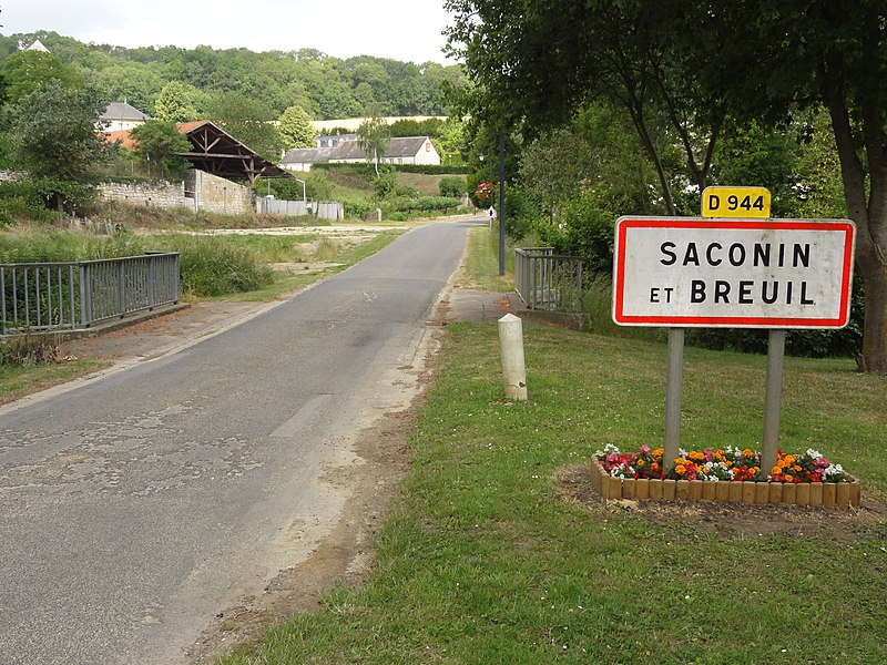 Saconin-et-Breuil (Aisne) city limit sign