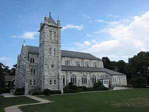 Basilica of the Sacred Hearts of Jesus and Mary (Southampton, New York) - Image: Sacred Hearts of Jesus and Mary Roman Catholic Church (Southampton, New York) 001