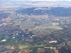 Salinas, California - Salinas and the Salinas Valley. Fremont Peak and the Gabilan Range are also shown.