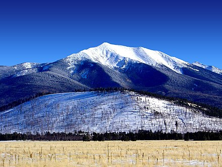 Humphreys Peak San Francisco Peaks, winter.jpg