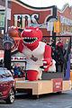 Santa Claus Parade (Toronto) (22634773108).jpg