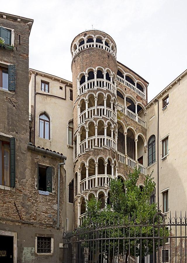 Palazzo Contarini del Bovolo_2