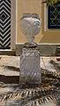 Schloss Laudon Innenhof Vase.jpg