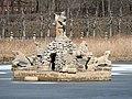 Seehof Brunnen Altsee 3210132.jpg