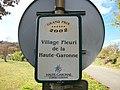 Seilhan village fleuri 2002.jpg
