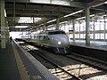 Shinkansen 0 series green livery at Hiroshima Station 2006-04-07.jpg