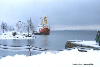 CCGS Simcoe - CCGS Simcoe at Prescott, Ontario during the Great Icestorm of 1998