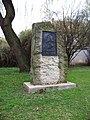 Slivenec, K Lochkovu, Husův pomník.jpg