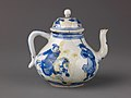 Small covered wine pot or teapot MET SLP1731-1.jpg