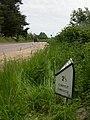 Sopley, milepost - geograph.org.uk - 1316625.jpg