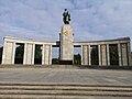 Soviet Cenotaph in Berlin-Tiergarten 03.jpg
