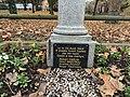 Stèle Otages Tués Nazis Avenue Louison Bobet Fontenay Bois 5.jpg
