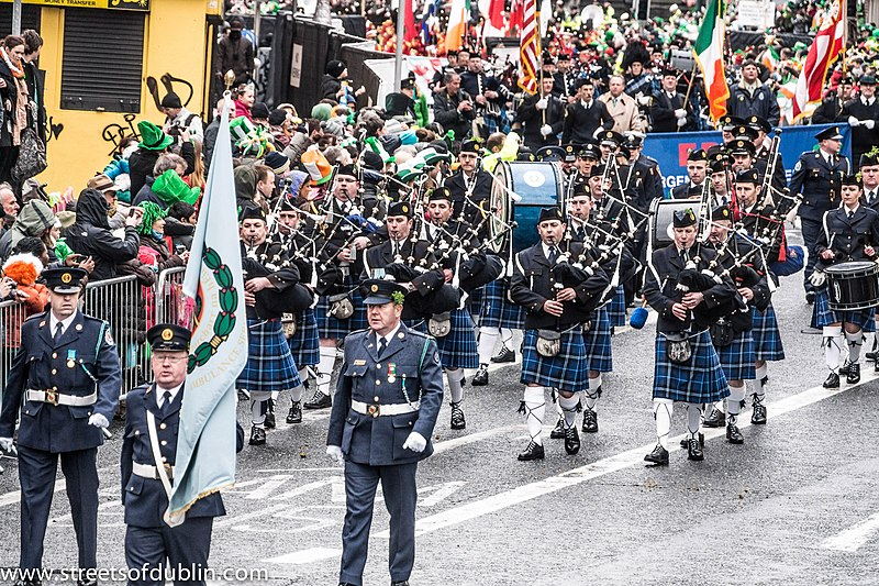 File:St. Patricks Day Parade (2013) In Dublin Was Excellent But The Weather And The Turnout Was Disappointing (8566201364).jpg