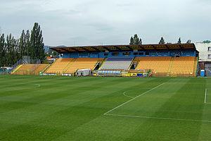 Stadion Miejski Bielsko-Biała trybuna kryta July 2011.jpg
