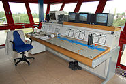 Staustufe Griesheim Steuerpult Kontrollturm
