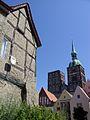 Stralsund, Hinterhof in der Mönchstraße mit Blick auf St. Nikolai - panoramio.jpg