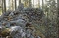 Sulkavan Pisamalahden linnavuoren vallikiveystä M012 AKD8205.jpg