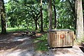 Suwannee River State Park picnic area.jpg