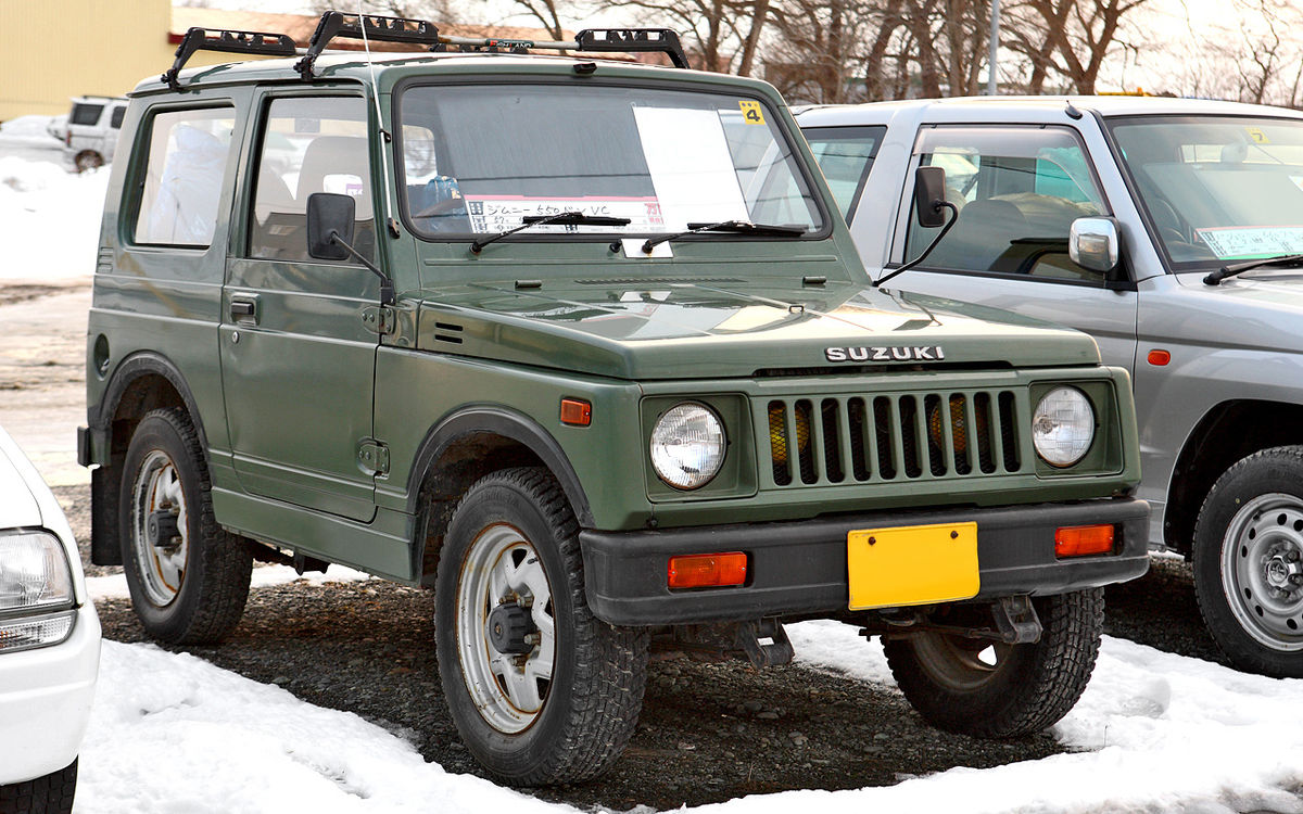 1200px-Suzuki_Jimny_SJ30_001.JPG