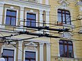 Teplice, Masarykova třída, odbočka Školní ulice, trolejbusové trolejové křížení.jpg