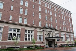 The George Washington Hotel, Winchester, Virginia.JPG