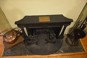 Thomas Paine Cottage - The house's Franklin stove