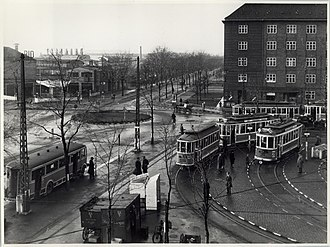 Toftegårds Plads - Toftegårds Plads with its turning loop and roundabout in 1943
