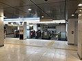 TokyometroNihombashi-takashimaya-gate.jpg