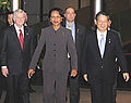 Tom Schieffer Condoleezza Rice and Nobutaka Machimura 20080227.jpg