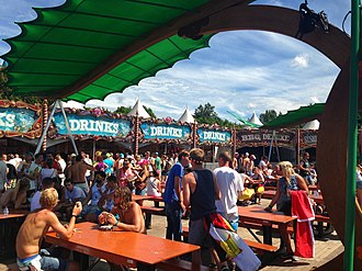 Food outlets at the Tomorrowland site, 2013 Tomorrowland 2013 IMG 2271 (9454002322).jpg