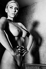 Tribute to Helmut Newton 2010.jpg