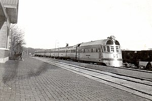 Twin Cities Zephyr - The Twin Cities Zephyr in Oregon, Illinois in 1941.