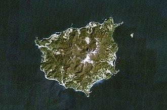 Ulleungdo - NASA Landsat7 image of Ulleung-do (north oriented at top)