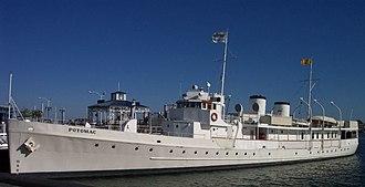 USS Potomac (AG-25) - USS Potomac at Oakland, California