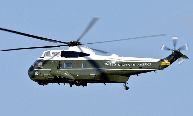 A U.S. Marine Corps Sikorsky VH-3D Sea King helicopter, assigned to Marine Helicopter Squadron 1 (HMX-1), in flight over Washington D.C. on 21 May 2005. The VH-3D was flying the U.S. president George W. Bush to the White House from Andrews Air Force Base, Maryland (USA). Mr. Bush was returning from Grand Rapids, Michigan (USA), after giving a graduation speech to the 2005 graduates of Calvin College.