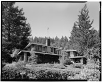 VIEW SHOWING NORTHEAST WING AT RIGHT - H. P. Dyer House, 16055 Sanborn Road, Saratoga, Santa Clara County, CA HABS CAL,43-SARA,4-3.tif