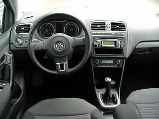 Archivo vw polo v 1 2 comfortline pepper grey interieur for Polo 6 interieur