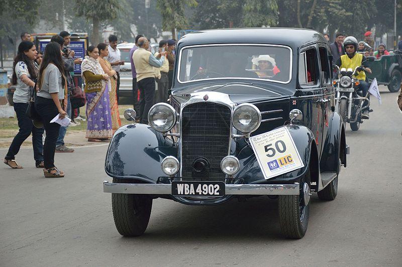 File:Vauxhall - DX - 1936 - 15 hp - 4 cyl - WBA 4902 - Kolkata 2016-01-31 9827.JPG