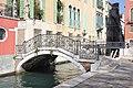 Venezia Ponte Giustinian.jpg