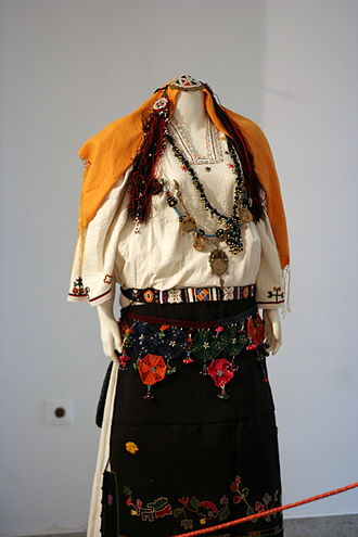Traditional clothing of Kosovo - 'Has' women apparel
